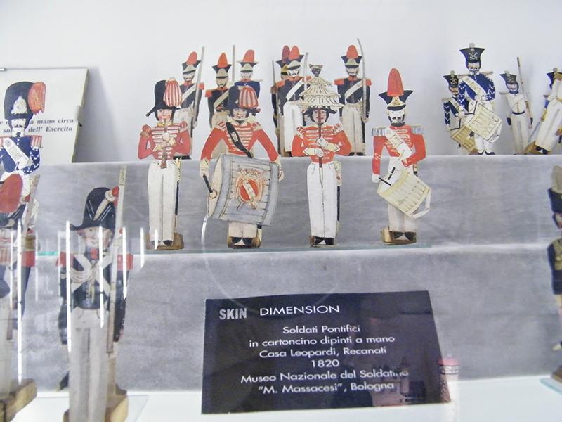 Soldatini di Giacomo Leopardi, conservati nel Museo Nazionale del Soldatino di Bologna.