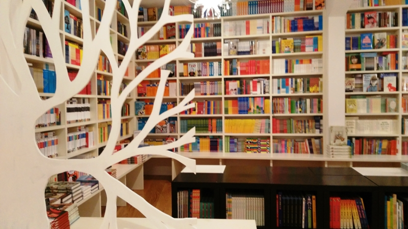 Libreria Le foglie d'oro, Pesaro