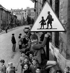 Robert Doisneau: Les écoliers de la rue Damesme, Parigi 1956